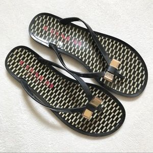Coach Black Gold Bow Flip Flops Size 8